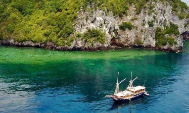 Adventure cruise in  Rajat Ampat 9 nights (Sorong - Sorong)